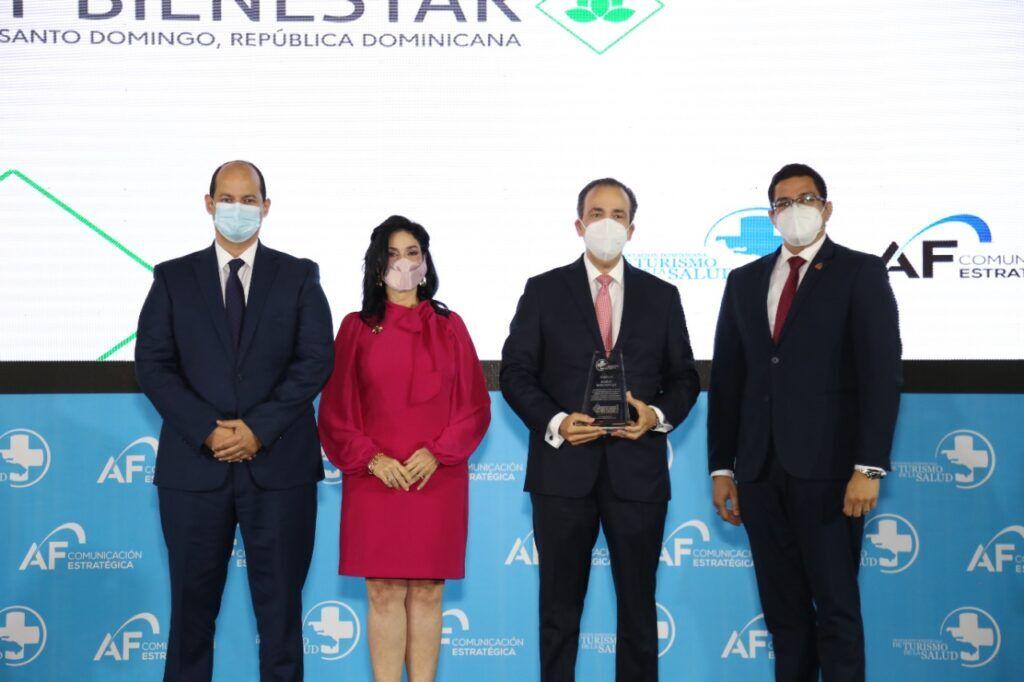 Espaillat Cabral reconocido en el 5to Congreso de Turismo de Salud y Bienestar - Dominican News